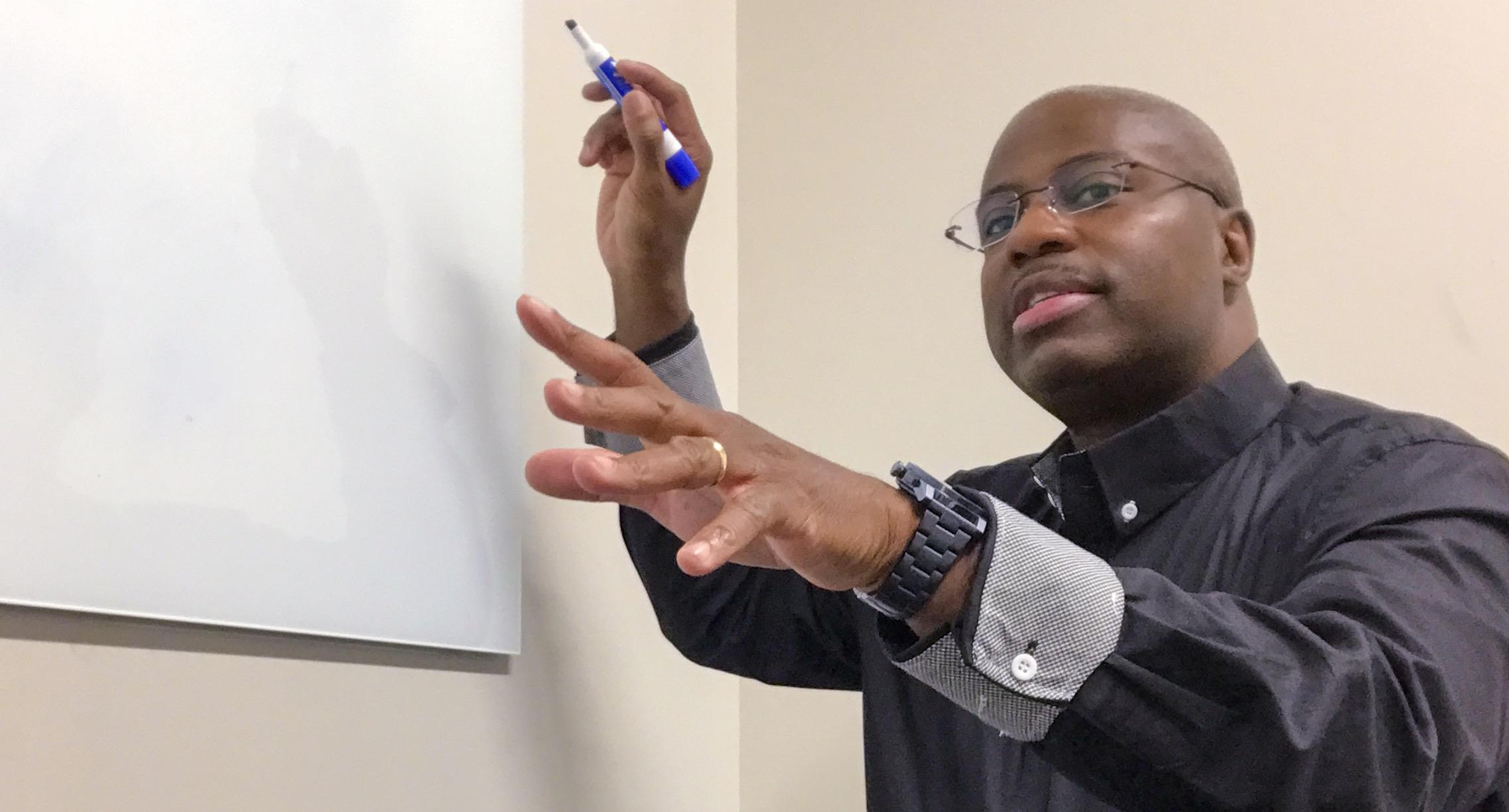 Warith Niallah giving task force directions