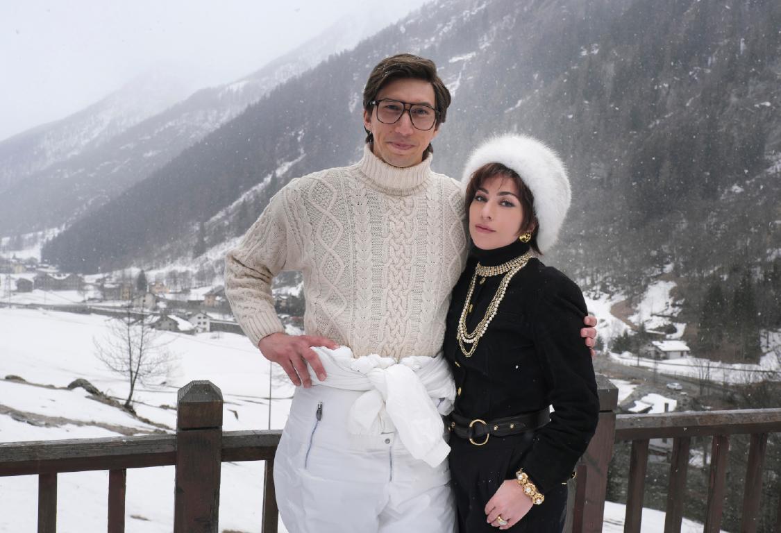 Adam Driver (Maurizio Gucci) and Lady Gaga (Patrizia Reggiani) in HOUSE OF GUCCI.