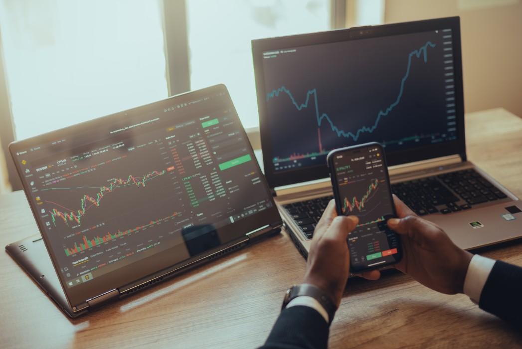 Trading stock at computer